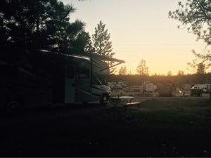 ルビーズ・イン RV パーク & キャンプグランドの朝日