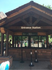 ザイオン国立公園入口