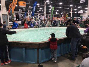 ミシガン州フィッシングショー釣り堀